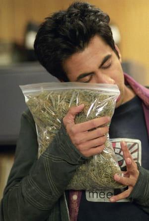 Fumer du cannabis faux sang fausse drogue comment sont faits les effets sp ciaux au cin ma - Comment faire du faux sang ...