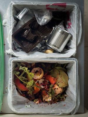 supprimer les mauvaises odeurs de la poubelle. Black Bedroom Furniture Sets. Home Design Ideas