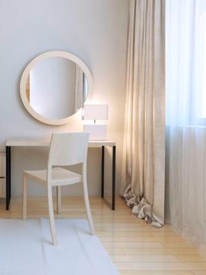 poser un parquet clair des astuces pour rendre une pi ce plus lumineuse linternaute. Black Bedroom Furniture Sets. Home Design Ideas