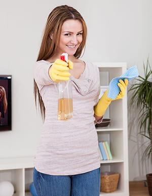 fabriquer un spray maison anti poussi re. Black Bedroom Furniture Sets. Home Design Ideas