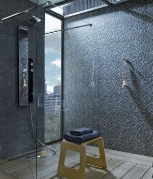 une douche quip e de buses hydrommassantes notre s lection de douches l 39 italienne pour. Black Bedroom Furniture Sets. Home Design Ideas