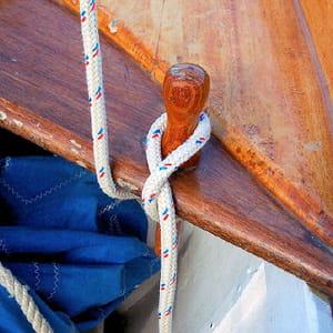 le nœud a de nombreuses symboliques pour les marins.