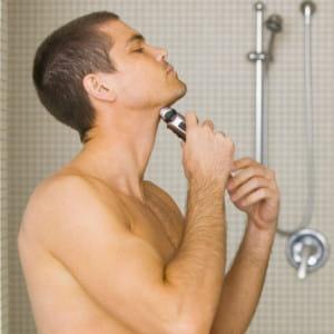 Comment bien se raser : nos conseils rasage pour avoir une peau de bébé et