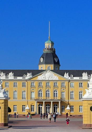 Karlsruhe nouvelle ville r v e ces 15 villes ont t - Nouvelle ferrari gtclusso decouvrez ces photos ...