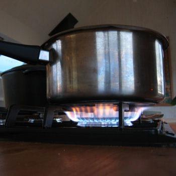 ne jetez plus vos casseroles brûlées !