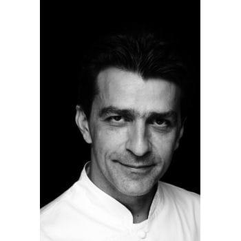 yannick all no et son regard de braise 20 portraits de chefs sexy linternaute. Black Bedroom Furniture Sets. Home Design Ideas