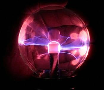 un objet à la fois décoratif et ludique pour comprendre l'électricité.