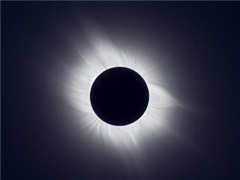 la dernière éclipse solaire totale en france date du mois d'août 1999.
