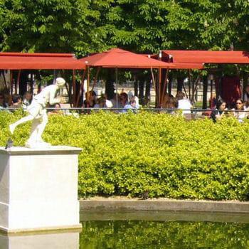 Le caf diane dans le jardin des tuileries 10 belles for Restaurant dans un jardin paris