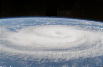 un ouragan vu de l'espace.