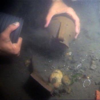 la découverte de ces trésors, notamment du buste de césar, a été gardé secrète