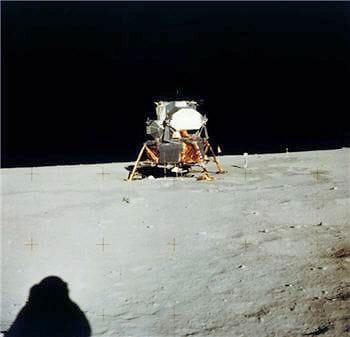 le module lunaire ne contient que deux places.