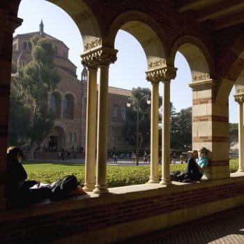 l'université de californie, dans la ville de los angeles, est douzième du