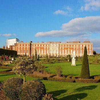 Promenades dans les jardins anglais les 50 voyages d 39 une for Les jardins anglais