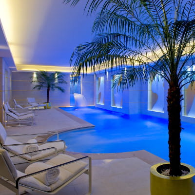 le spa burgundy by carita paris les 15 plus beaux spas de france linternaute. Black Bedroom Furniture Sets. Home Design Ideas