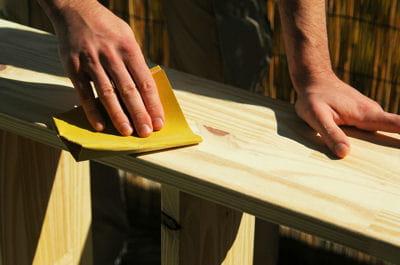 poncer fabriquer une tag re sur mesure linternaute. Black Bedroom Furniture Sets. Home Design Ideas