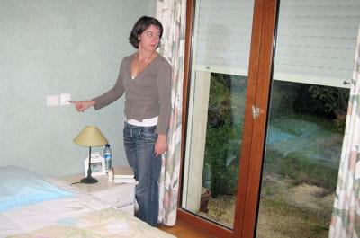 le volet est lectrifi electrifier des volets roulants linternaute. Black Bedroom Furniture Sets. Home Design Ideas