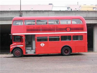 louer un bus anglais double deck. Black Bedroom Furniture Sets. Home Design Ideas