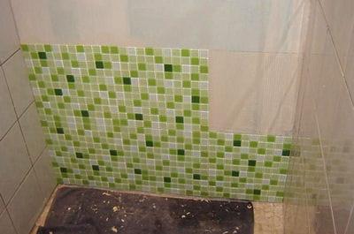 couvrir un mur de p te de verre construire une douche l 39 italienne pas pas linternaute. Black Bedroom Furniture Sets. Home Design Ideas