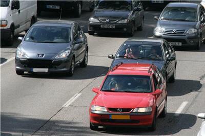 diminuer sa vitesse sur autoroute 10 conseils pour r duire la consommation de sa voiture. Black Bedroom Furniture Sets. Home Design Ideas