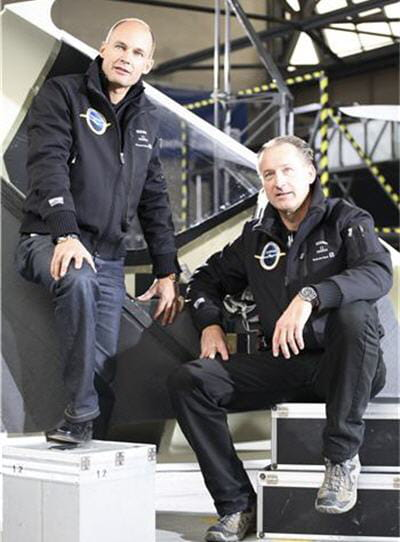 le duo à l'origine de ce projet solar impulse : bertrand piccard, à gauche, et