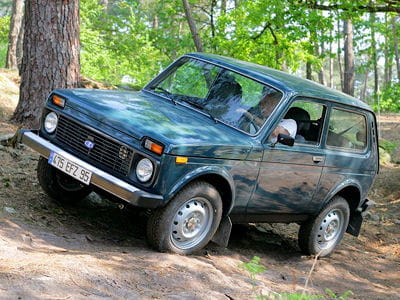 lada niva neuve lada niva 4x4 allrad 1 7 4x4 60kw 82ps chf 9 39 000 voiture neuve auto lada. Black Bedroom Furniture Sets. Home Design Ideas