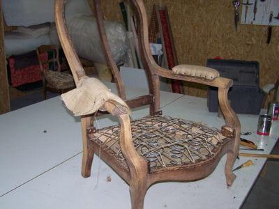 le guindage des ressorts restaurer un fauteuil voltaire linternaute. Black Bedroom Furniture Sets. Home Design Ideas