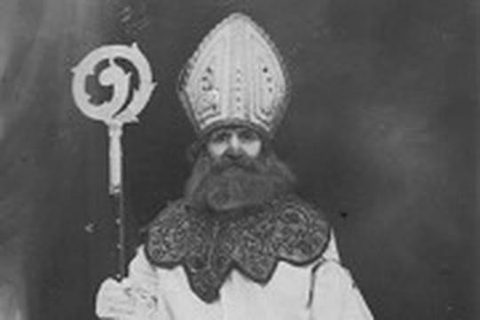Saint Nicolas 10210556-saint-nicolas-chanson-legende-histoire-tout-savoir