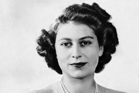 Elisabeth II, 63 ans de règne