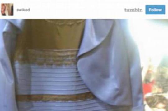 Robe bleu blanche test