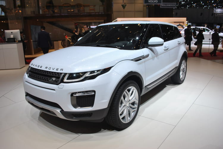 range rover evoque deux nouvelles motorisations diesel conomes salon de gen ve 2015 les. Black Bedroom Furniture Sets. Home Design Ideas