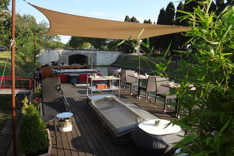 La terrasse lounge : Logements insolites : visitez ces appartements ...