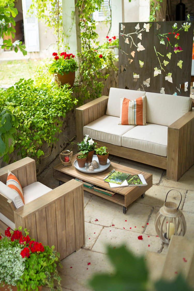 une terrasse de campagne 20 terrasses dans l 39 air du temps linternaute. Black Bedroom Furniture Sets. Home Design Ideas