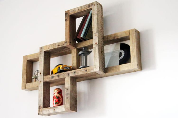 tag re en relief. Black Bedroom Furniture Sets. Home Design Ideas