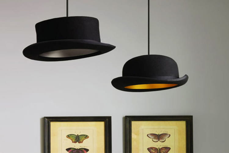 des lampes chapeau des id es de lampes faciles fabriquer linternaute. Black Bedroom Furniture Sets. Home Design Ideas