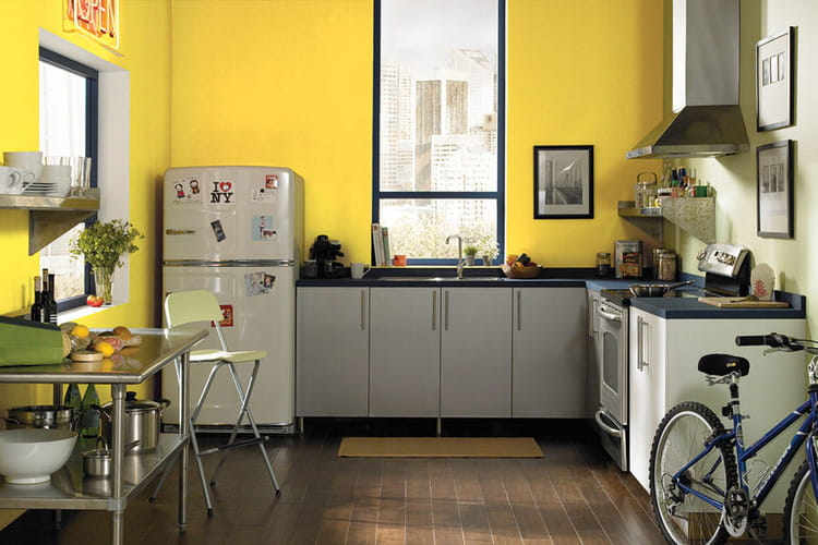 le jaune moutarde une teinte r tro peinture les. Black Bedroom Furniture Sets. Home Design Ideas