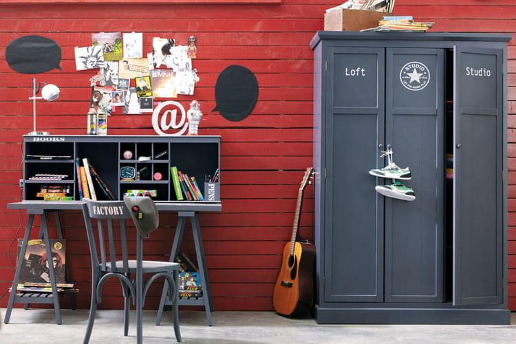 un bureau d tudiant des id es pour am nager votre coin bureau linternaute. Black Bedroom Furniture Sets. Home Design Ideas