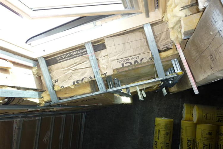 La pose des fen tres de toit for Pose fenetre de toit