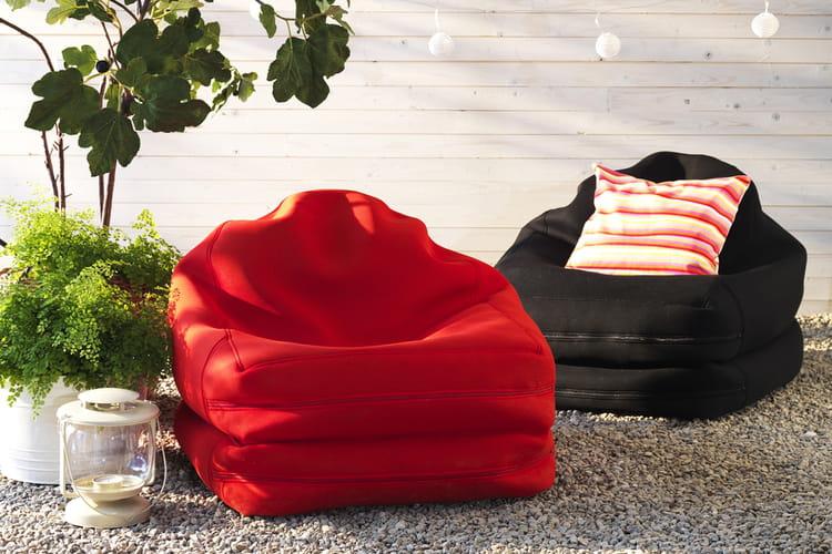 un fauteuil poire original beaux et confortables ces fauteuils n 39 attendent que vous linternaute. Black Bedroom Furniture Sets. Home Design Ideas