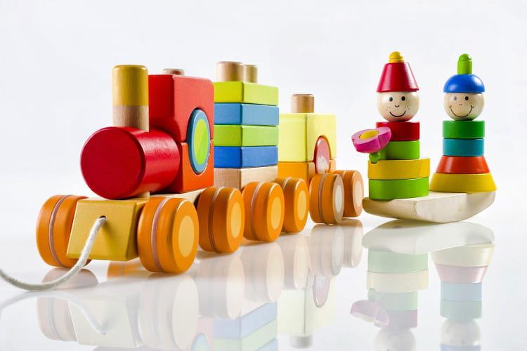 Les traditionnels jouets en bois du Jura # Fabricant Jouet En Bois Jura