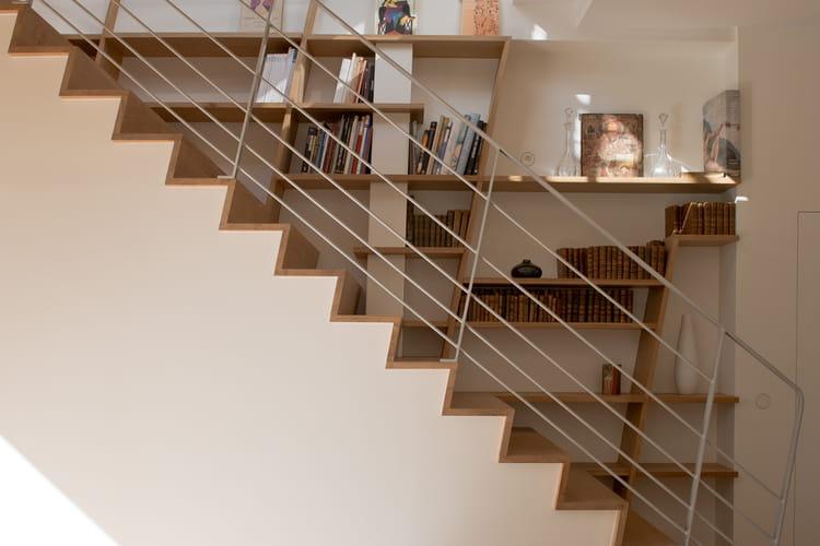 quand la biblioth que se fond dans l 39 escalier des escaliers tonnants qu 39 on aimerait avoir. Black Bedroom Furniture Sets. Home Design Ideas