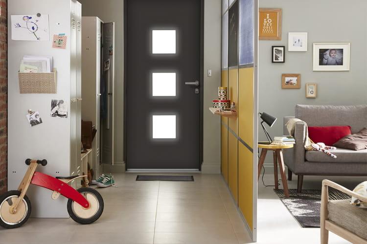 une cloison personnalisable. Black Bedroom Furniture Sets. Home Design Ideas