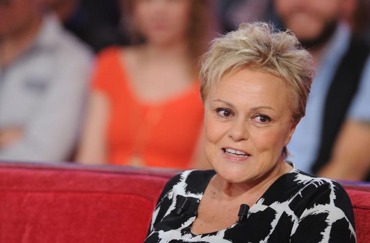 H t ros l 39 cran gays dans la vie muriel robin for Muriel robin le salon de coiffure