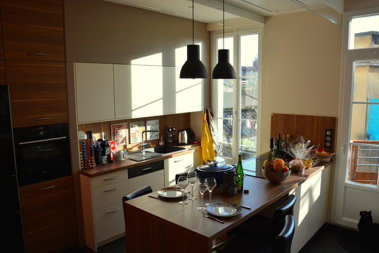 repenser la cuisine comme une pi ce vivre la r novation d 39 une maison belle epoque linternaute. Black Bedroom Furniture Sets. Home Design Ideas