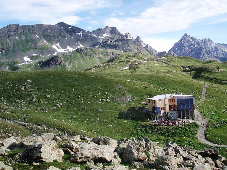 Refuge p clet polset les plus beaux refuges de montagne linternaute - Le refuge des 3 ours ...