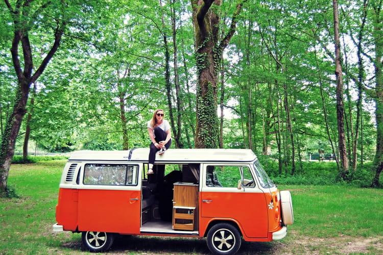 et pourquoi pas un van 15 locations airbnb insolites en france linternaute. Black Bedroom Furniture Sets. Home Design Ideas