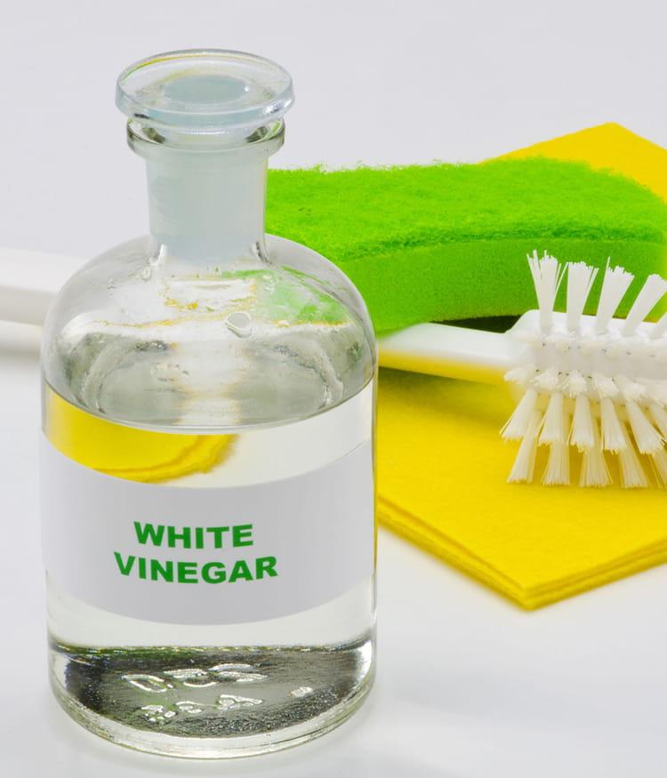liminer les mauvaises odeurs avec du vinaigre blanc 20 astuces de grand m re pour entretenir. Black Bedroom Furniture Sets. Home Design Ideas