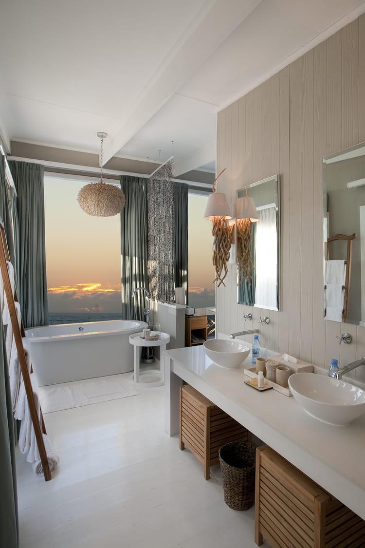 Coucher de soleil depuis son bain des salles de bains - Rever de salle de bain ...