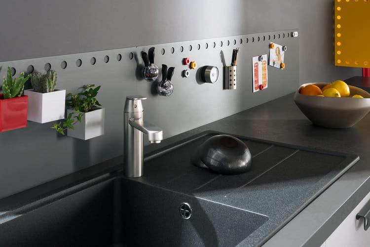 une cr dence aimant e pour tout coller dans la cuisine des cr dences qui mettent en valeur la. Black Bedroom Furniture Sets. Home Design Ideas