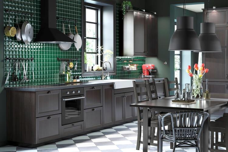 une cuisine traditionnelle cuisine ikea 2017 des cuisines qui donnent envie de mitonner. Black Bedroom Furniture Sets. Home Design Ideas